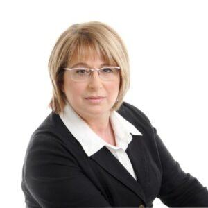 Carmela Ali , senior housing counsellor