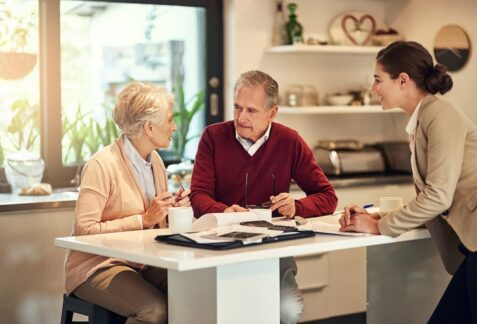 Choosing the Right Senior Housing Facility