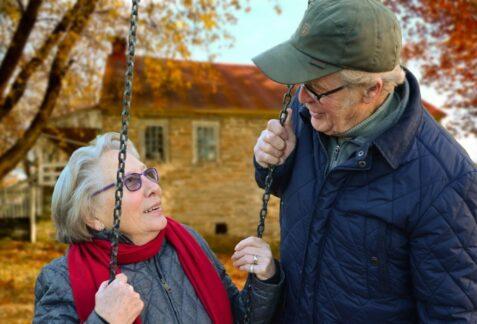 8 conseils qui aideront une personne âgée à gérer son déménagement