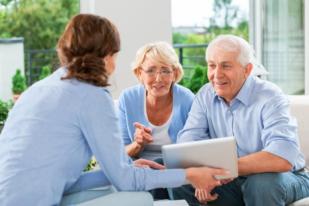 How to Talk to Your Parents About Living in a Seniors' Residence?
