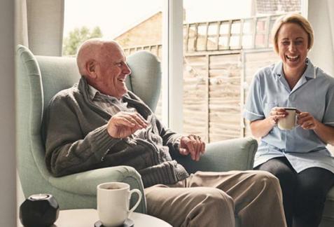 Des soins à domicile adaptés pour les personnes âgées