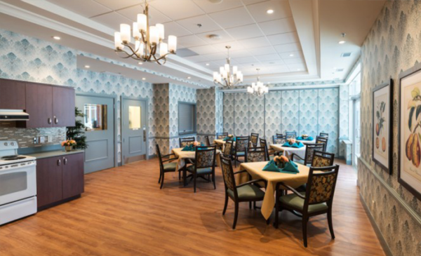 Dinning Room - The Courtyards on Eagleson